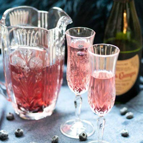 Sparkling Blueberry Tea Cocktail - Low Carb Keto Recipe